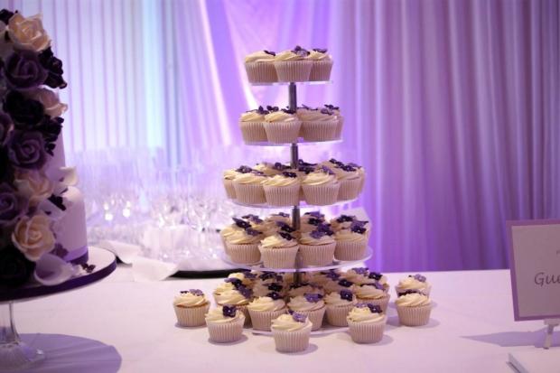 purple-rose-cascade-wedding-cake-6