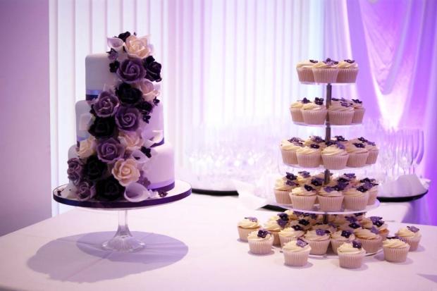 purple-rose-cascade-wedding-cake-7