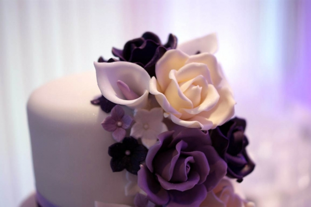 purple-rose-cascade-wedding-cake-8