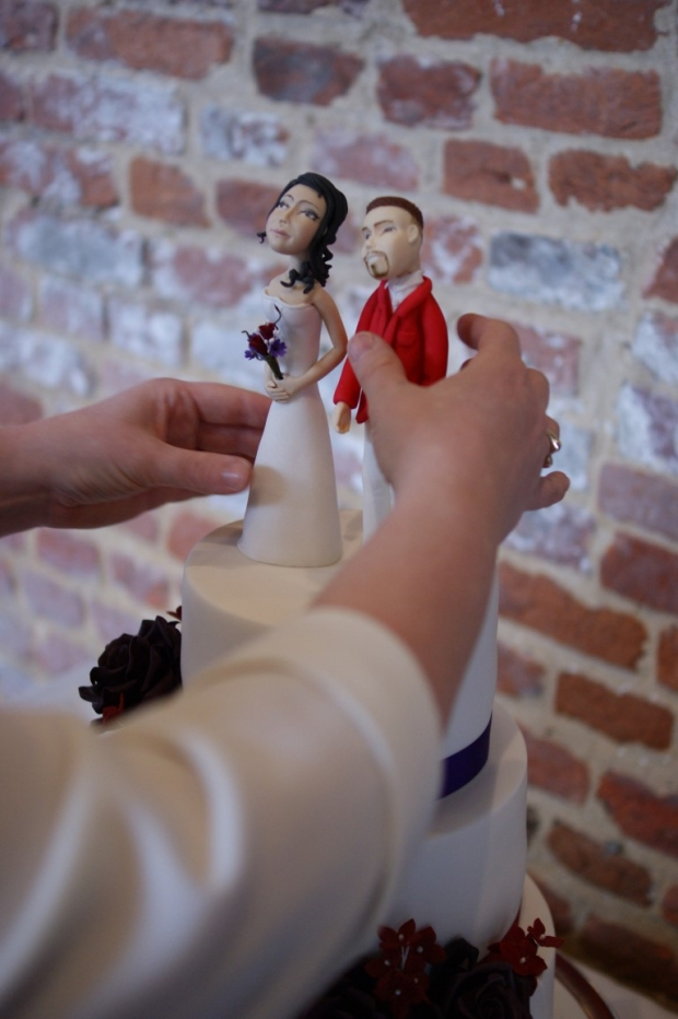 3-tier-wedding-cake-with-character-toppers (2)
