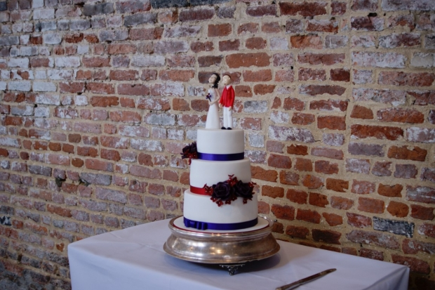 3-tier-wedding-cake-with-character-toppers (5)
