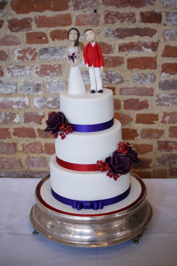 3-tier-wedding-cake-with-character-toppers (7)