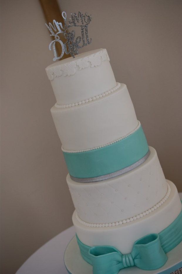tiffany-blue-bow-wedding-cake (9)
