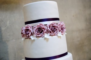 lilac ring spacer wedding cake