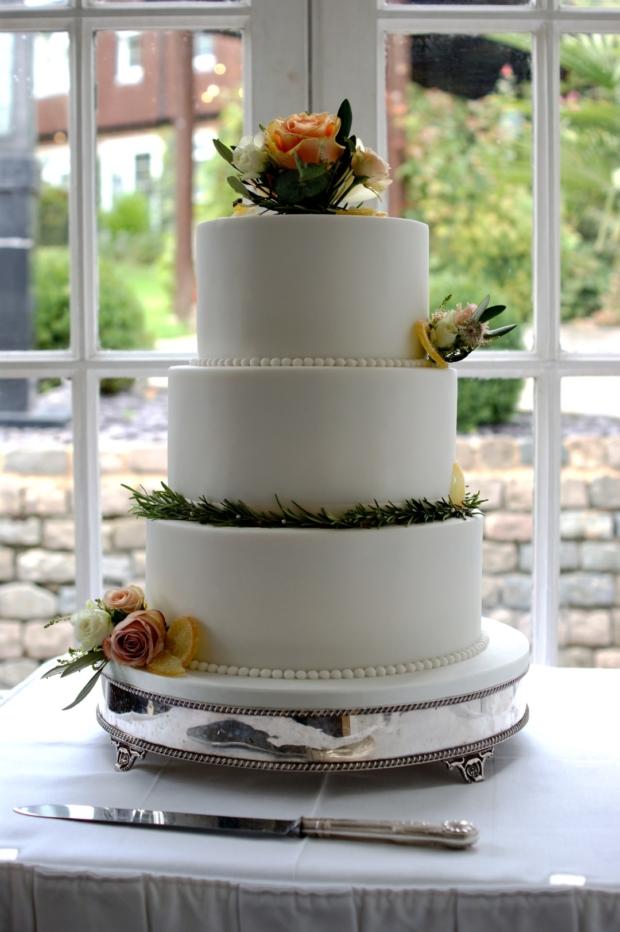 Rustic Fresh Flower 3 Tier Wedding Cake Bakealous